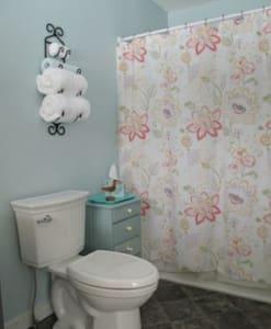 WC in behindertengerechter Höhe