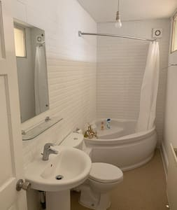 Share toilet and shower room WC