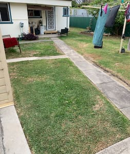 This is a fully enclosed yard which is shared with the main house. Please be respectful of other users.