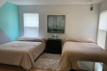 مساحة إضافية حول السرير
