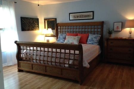 Each bedroom has plenty of room around beds.  One bedroom on bottom floor, with easy entry and full, private bath.