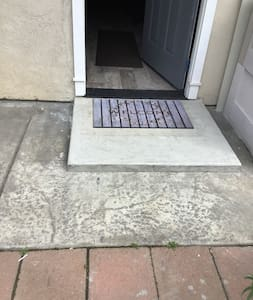 There is a 2 inch door step landing otherwise the rest of the unit has no steps. We are doing everything to make this unit accommodating for most people with disabilities however it's not completely wheelchair accessible