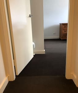 Flat entryway