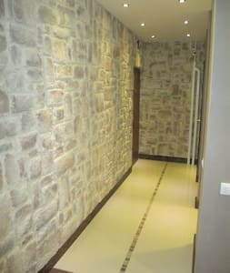 entry to the living room