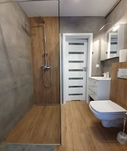 ส่วนอาบน้ำไม่มีพื้นต่างระดับ