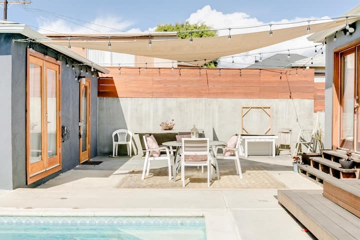 Stylish and Close to Beach in Mar Vista