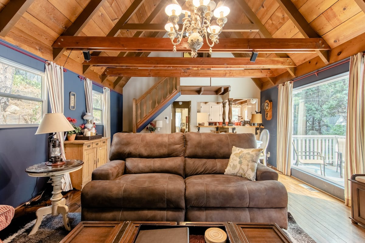 Cozy Cabin Next To Lake Arrowhead Village