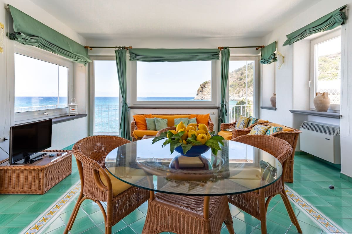 Family Friendly Seaside House on the Sunny Island of Ischia