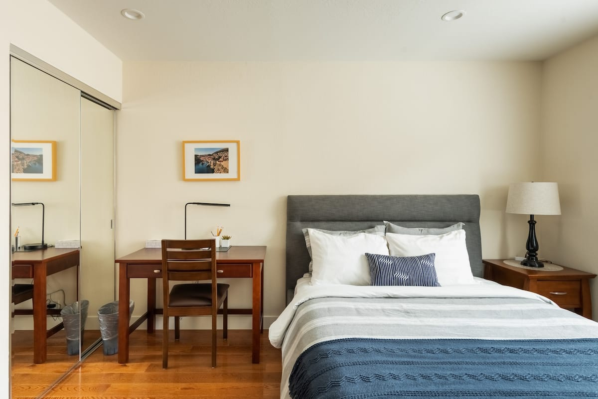 Tread the Floorboards at a Welcoming, Work-Ready Retreat