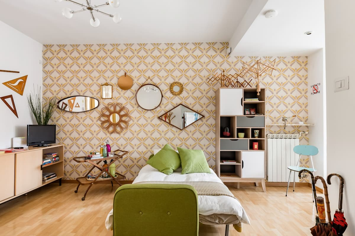 Mirano Apartment Swathed in Vintage Flair