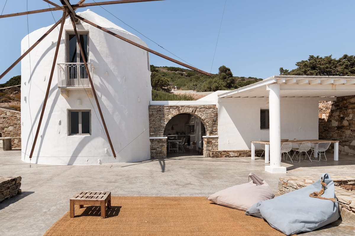 Windmill House with Private Pool Overlooking the Aegean