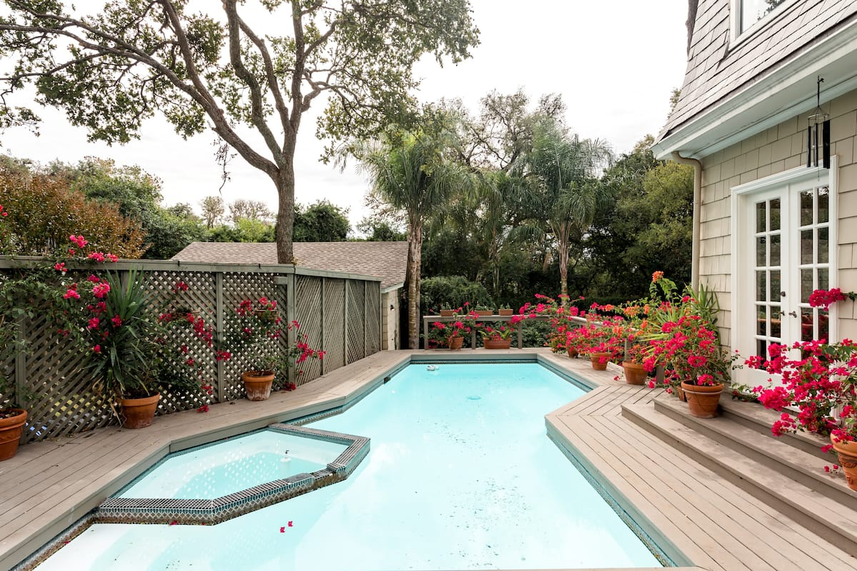 Luxury Plum House & Pool, Near Pearl & Riverwalk. Reunions