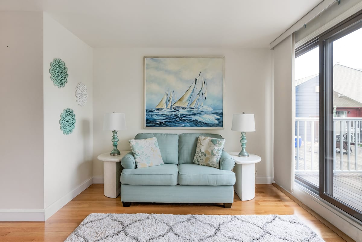 Downtown Newport Condo With Water View