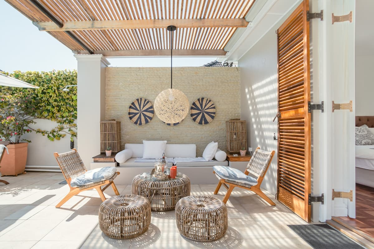 Take it Easy Poolside at a Timeless Suburban Sanctuary