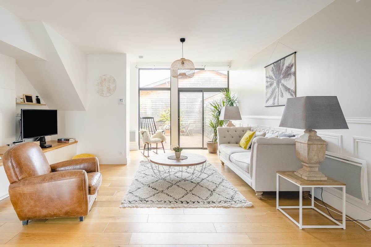 Bel appartement, grande terrasse - Bergonié