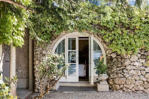 Giuditta Pasta Opera Singer's Former Ancient Lakefront Home