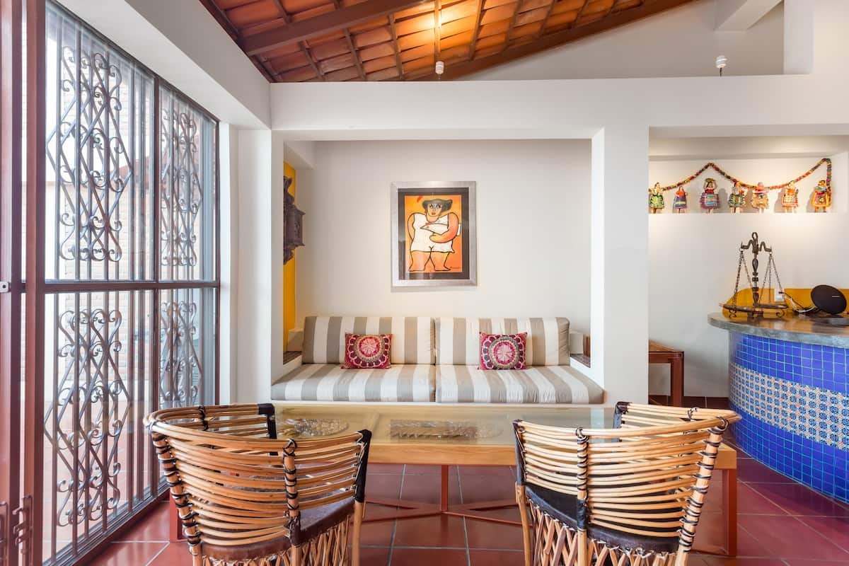 Colibrí - Old Town Staffed Villa with Views and Rooftop Pool