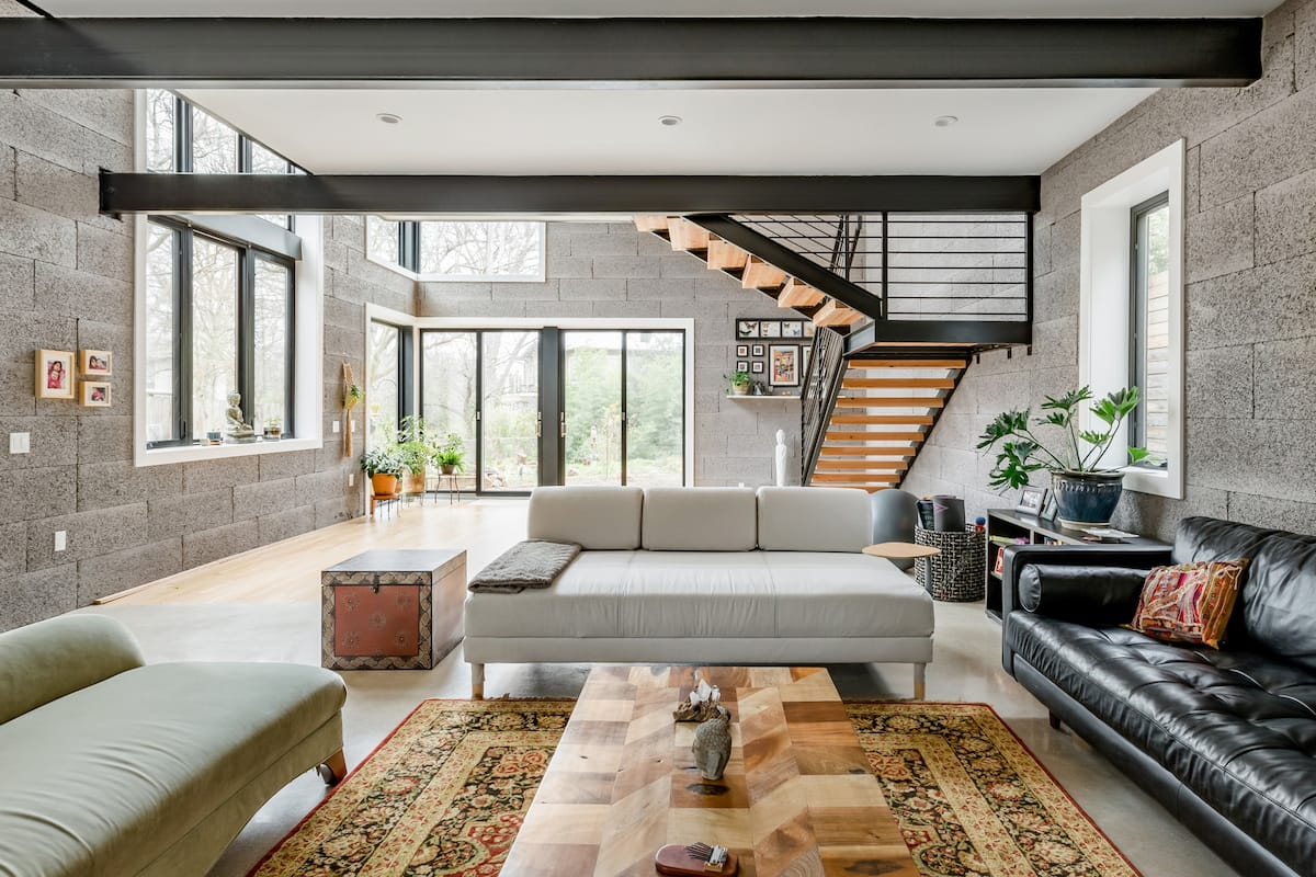 Salute the Sun from an Eco-Friendly Loft Home
