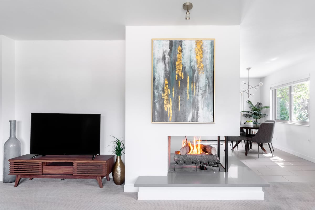 Timeless Mid-Century Home near Downtown and Ski Canyons