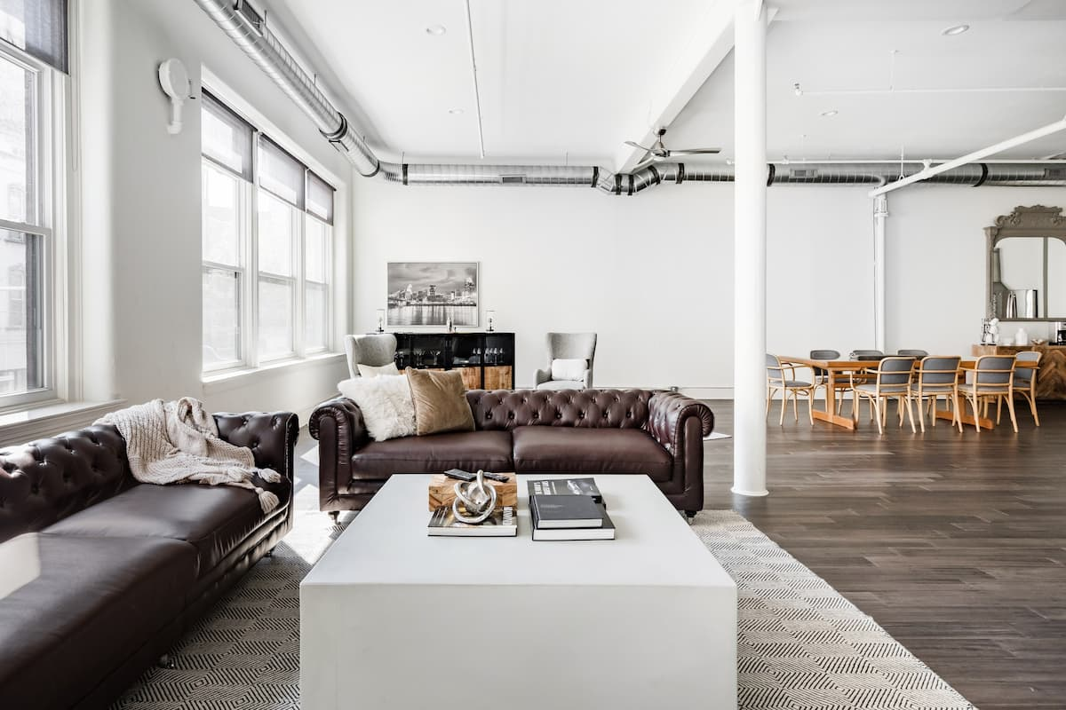 The Lounge, a Loft by Trendy Over-The-Rhine