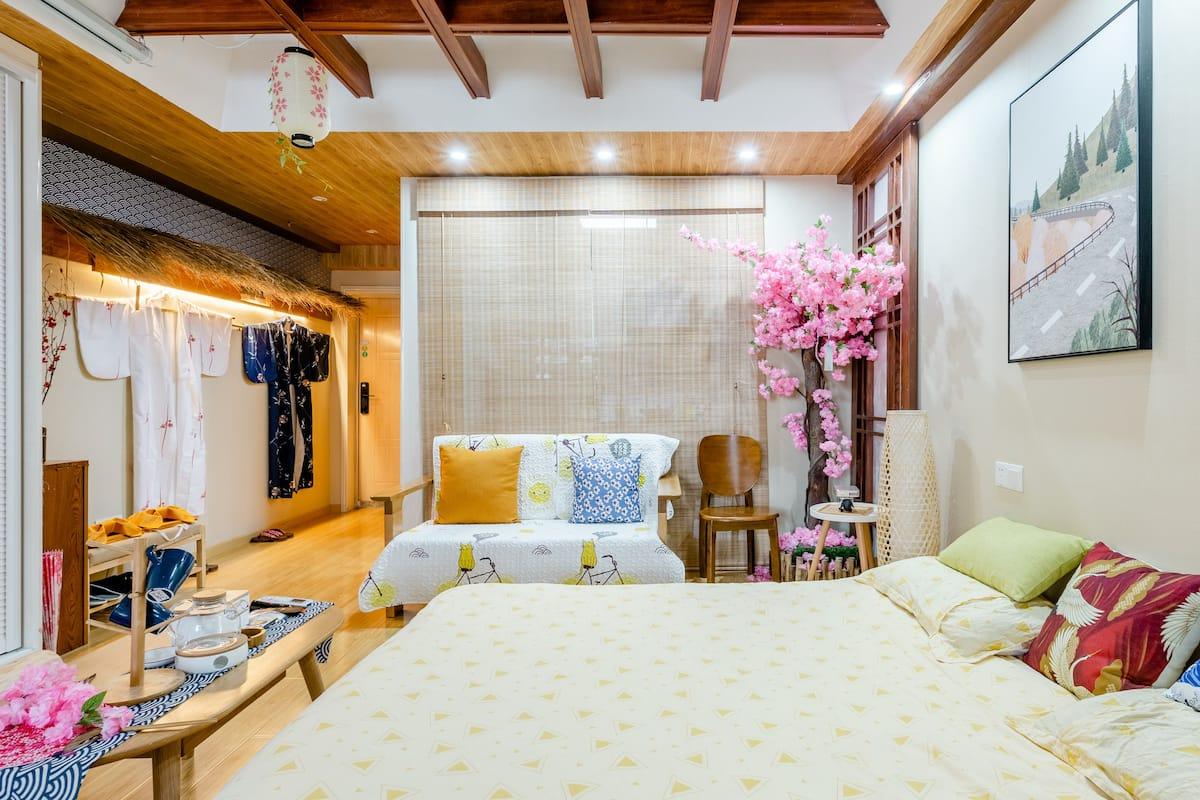 王大懒巨幕投影日式一居来感受日本的传统文化,免费试穿和服