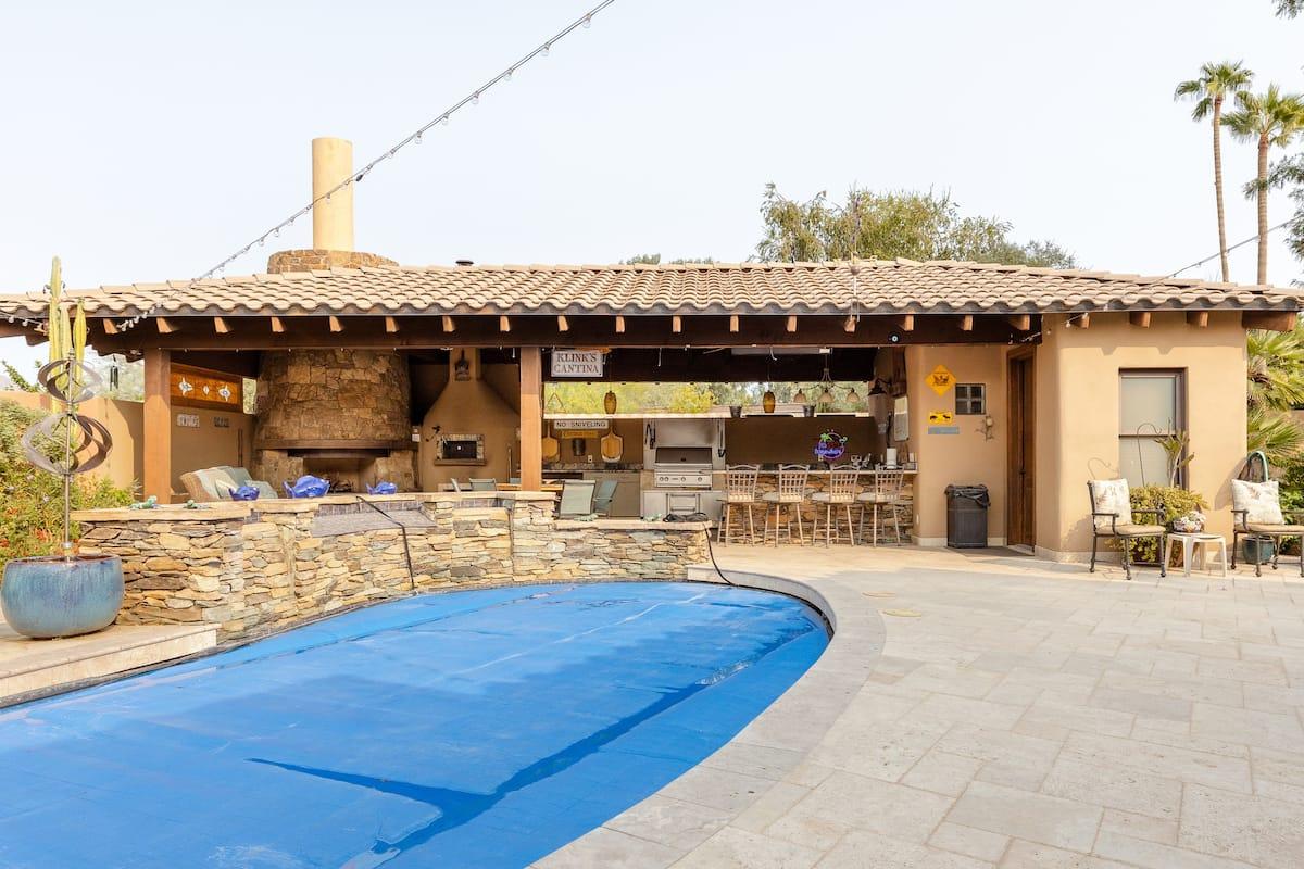Serene Desert Apartment with Mountain Vistas and Pool Patio