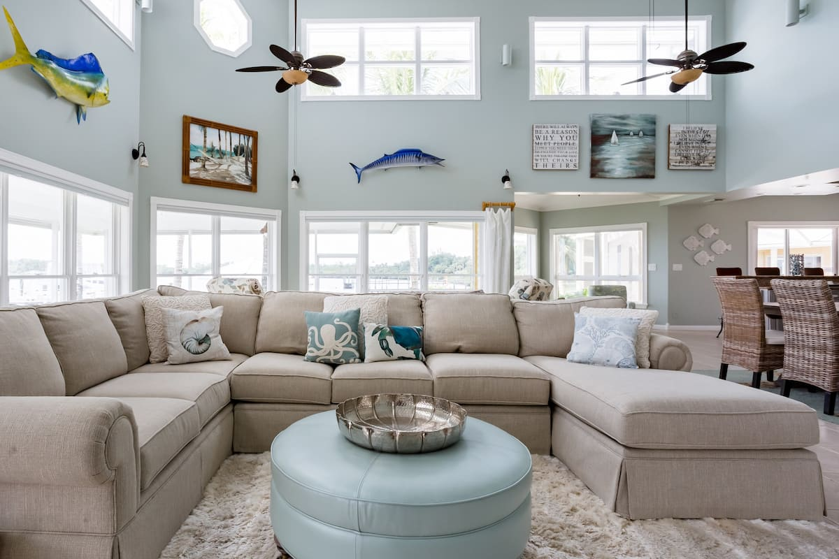 Lush Waterfront Home On Bay St. Lucie