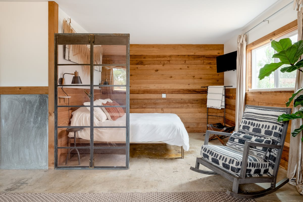 Design Meets Refuge, A Country Luxe Barn in Geyserville
