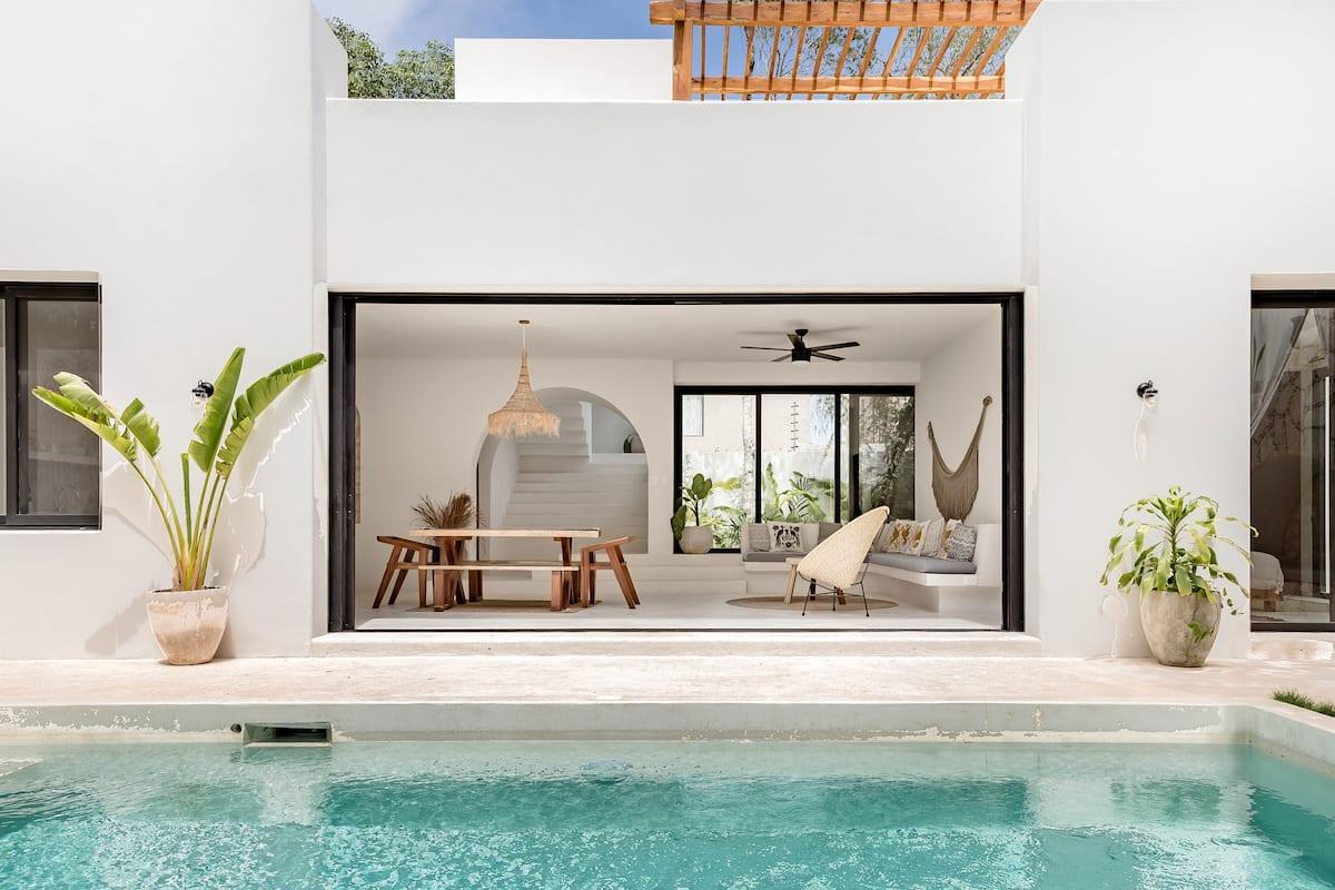 Chic Stunning Poolside Casa Paloma in Tulum near Holistika