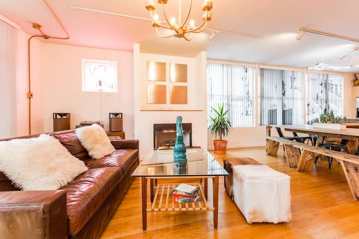 Trendy Living in Chicago's Coolest Airbnb Art Gallery Condo