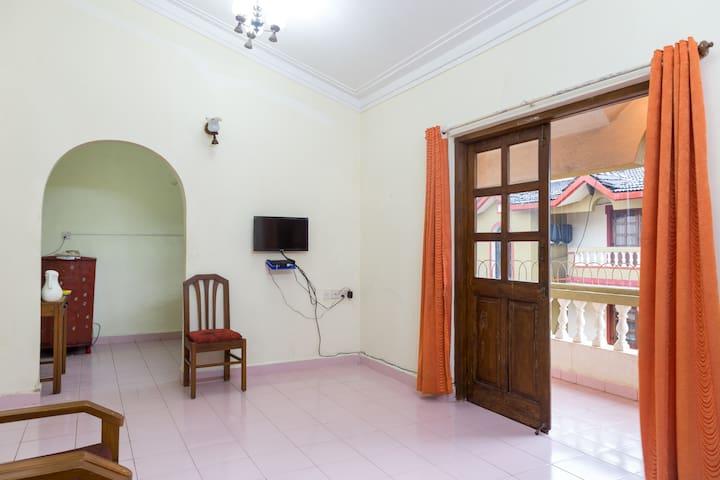 Candolim- 2bhk Budget Apartment Homestay