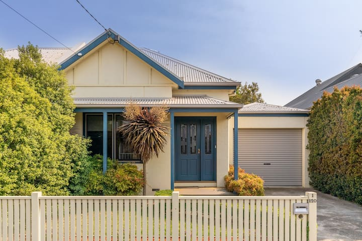 Geelong West Townhouse
