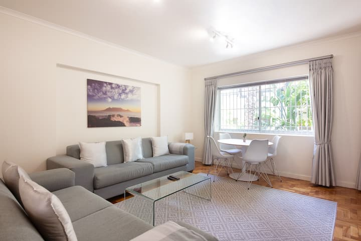 SANITIZED | Stylish Living in Three Anchor Bay
