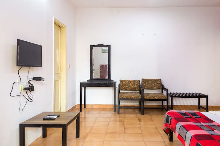 Candolim Calangute Studio Apartment with Pool