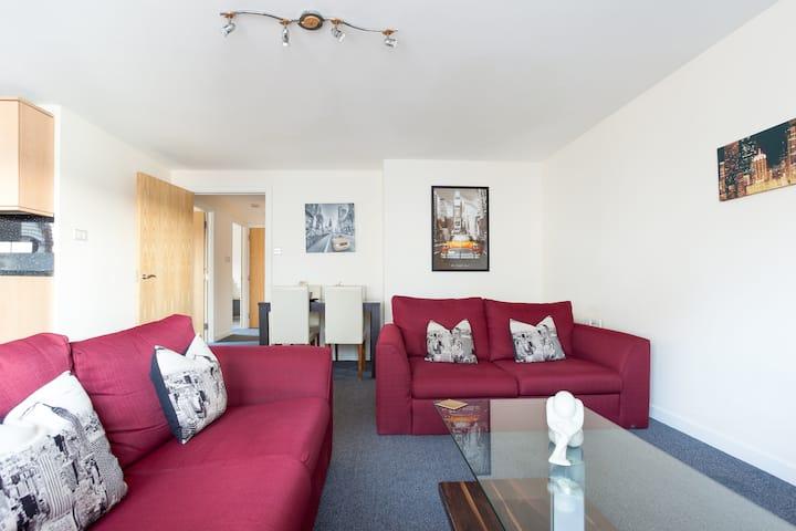Aberdeen City Centre Executive 2 bedroom Apartment