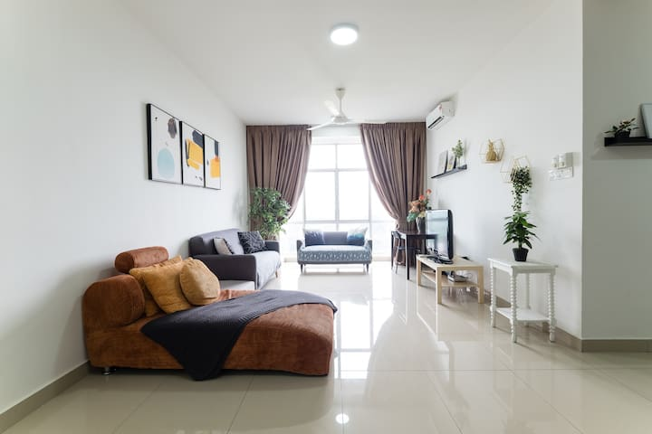 ☆Spacious☆Quiet☆Clean, PICC☆Lakeview☆Balcony☆KLIA
