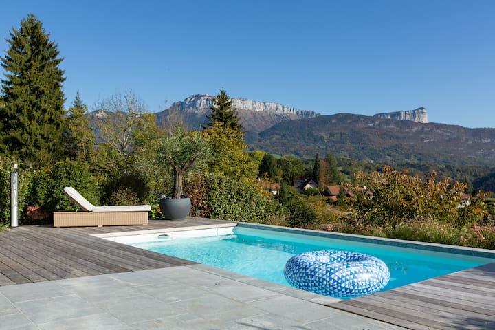 Villa avec piscine à 10 min d'Annecy - (Argonay)