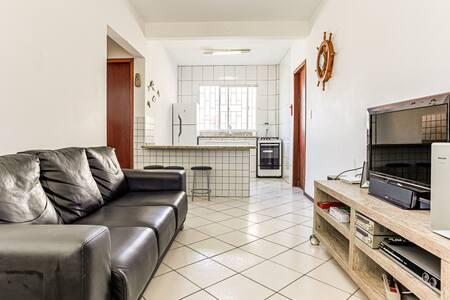 Apartamento - 50m da Praia da Pinheira