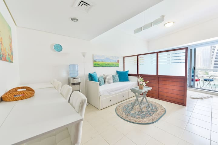 Boutique Condo by Metro with free Pool & Gym!