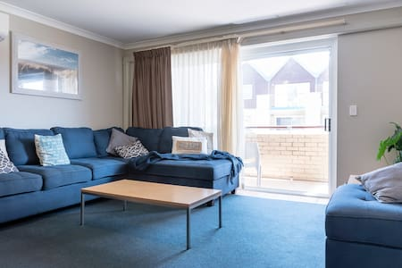 Hillary's Perth Coastal Apartment WA