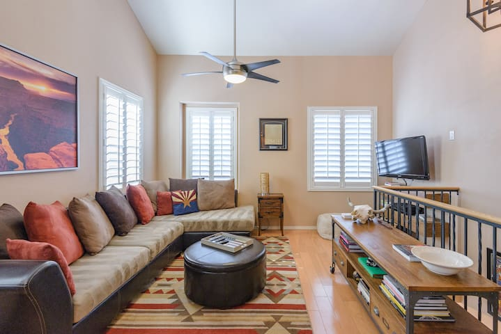 Phoenix/Anthem 2 Bed 2 Bath Townhouse