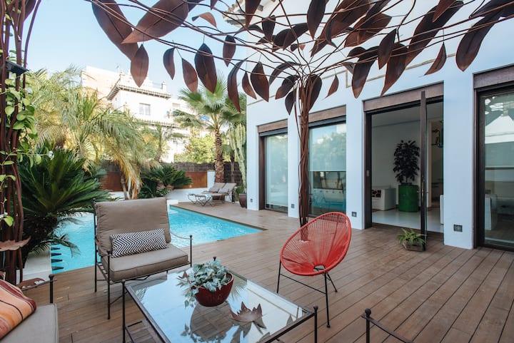 Luxury villa central Seville  swpool