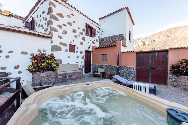 Casa la Era 1800- Finca con Jacuzzi