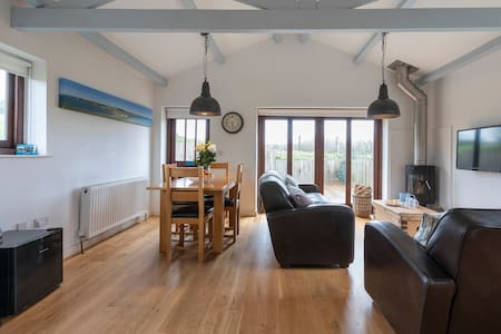 Cowshed, Bantham - a perfect getaway