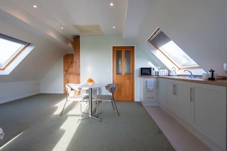 Countryside studio perfect for Taunton & Quantocks