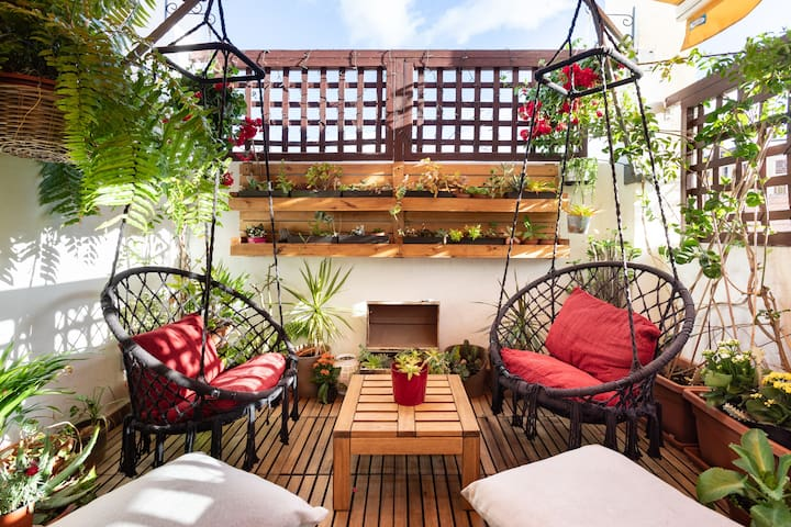Amazing attic with a terrace in Santa Cruz center