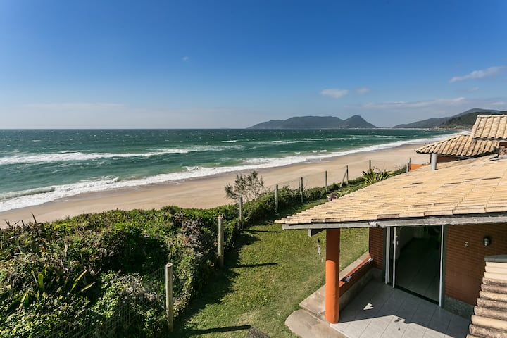 Beach House,  Surf, by the sand, up to 10 guests