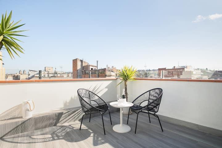 Sunny Terrace Attic in Plaza España - NEW elevator
