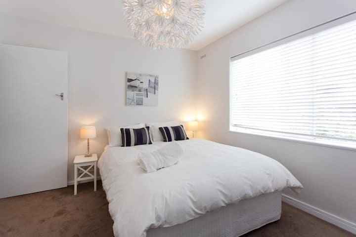 Avoncourt Apartment 8