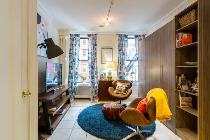 Luxurious 1 Bedroom In Prime Location -Time Square